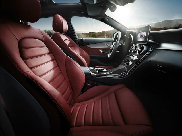 Vì sao Mercedes-Benz C-Class là sedan hạng sang bán chạy nhất Việt Nam? - Ảnh 3.