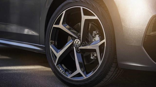 Trình làng Volkswagen Passat 2020: Tham vọng lớn, thay đổi nhỏ - Ảnh 4.