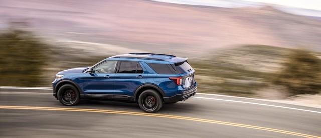 Ford trình làng Explorer ST - SUV mạnh nhất lịch sử thương hiệu - Ảnh 9.