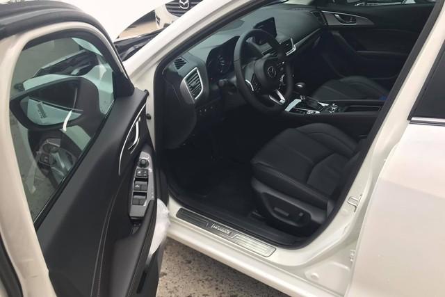 Mazda3 2019 lộ giá và trang bị mới tại Việt Nam - Ảnh 1.