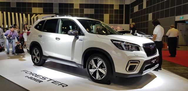 Subaru Forester e-Boxer lần đầu ra mắt Đông Nam Á, để ngỏ khả năng về Việt Nam - Ảnh 1.