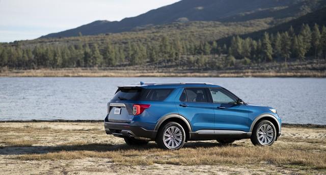 Ford trình làng Explorer ST - SUV mạnh nhất lịch sử thương hiệu - Ảnh 3.