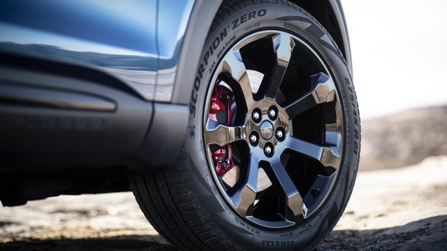 Ford trình làng Explorer ST - SUV mạnh nhất lịch sử thương hiệu - Ảnh 8.