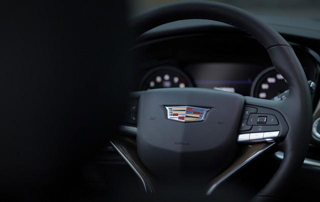Ra mắt Cadillac XT6 2020 - Khi bạn muốn Escalade nhưng chỗ để xe không vừa - Ảnh 6.