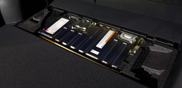 Subaru Forester e-Boxer lần đầu ra mắt Đông Nam Á, để ngỏ khả năng về Việt Nam - Ảnh 3.