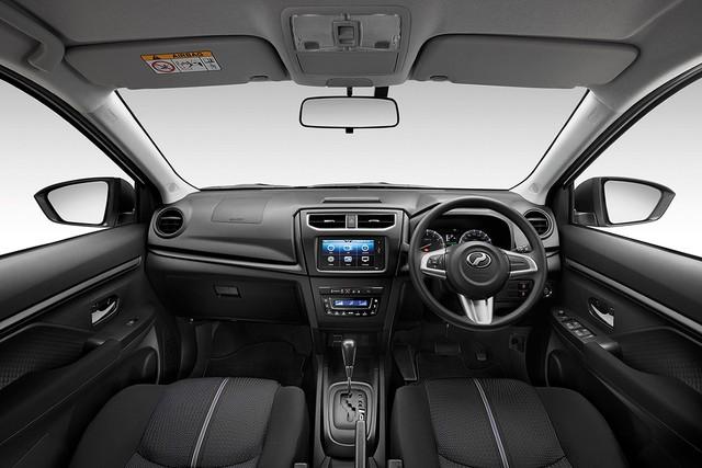"""Ô tô """"made in Malaysia"""" bản sao Toyota Rush có giá rẻ hơn 20% bản gốc - Ảnh 2."""