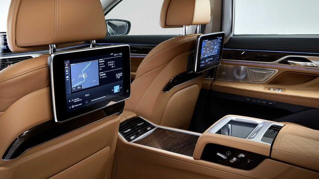BMW 7-Series chính thức ra mắt - thách thức Mercedes-Benz S-Class - Ảnh 18.
