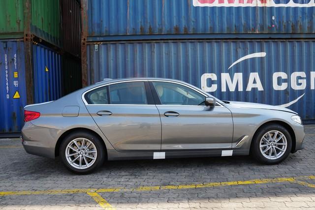 Lộ ảnh BMW 5-Series 2019 đầu tiên Việt Nam - Ảnh 2.
