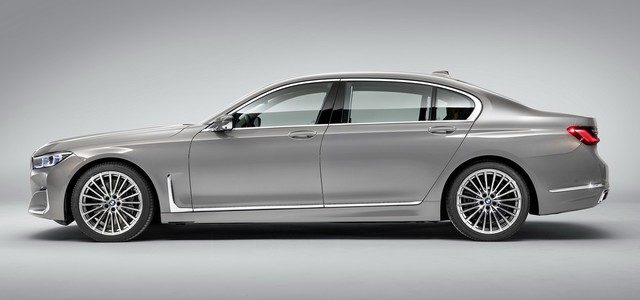 So găng thiết kế BMW 7-Series vs Audi A8 vs Mercedes-Benz S-Class - Ảnh 5.