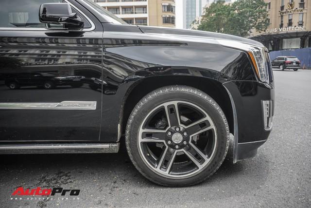 Cadillac Escalade 2015 biển khủng và độc nhất trên phố Sài Gòn - Ảnh 16.