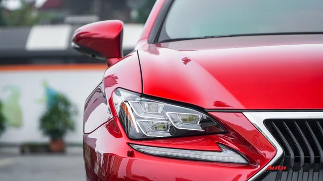 Độc nhất sàn xe cũ, Lexus RC 200t treo giá 2,7 tỷ đồng - Ảnh 3.