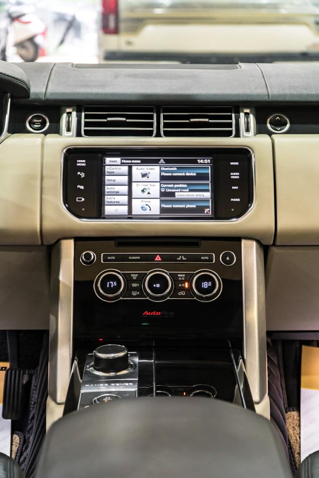 Range Rover HSE 2015 độ kiểu Autobiography, tiết kiệm hơn 2 tỷ đồng so với phiên bản xịn - Ảnh 11.
