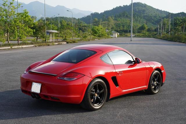 10 năm tuổi, Porsche Cayman chỉ đắt hơn Toyota Camry 150 triệu đồng - Ảnh 5.