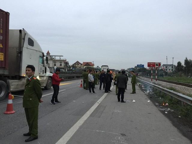 Trước khi gây tai nạn khiến 8 người tử vong, xe tải chạy với tốc độ bao nhiêu km/h? - Ảnh 1.