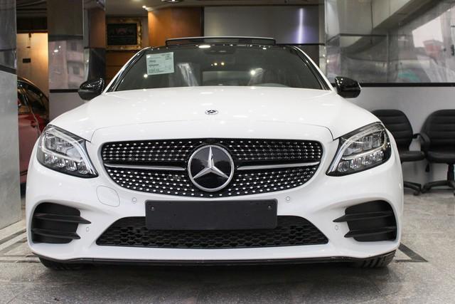 Lộ thông tin Mercedes-Benz C-Class 2019 chuẩn bị ra mắt tại Việt Nam, không còn bản C250 - Ảnh 3.
