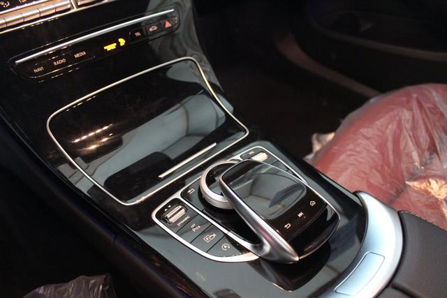 Lộ thông tin Mercedes-Benz C-Class 2019 chuẩn bị ra mắt tại Việt Nam, không còn bản C250 - Ảnh 11.