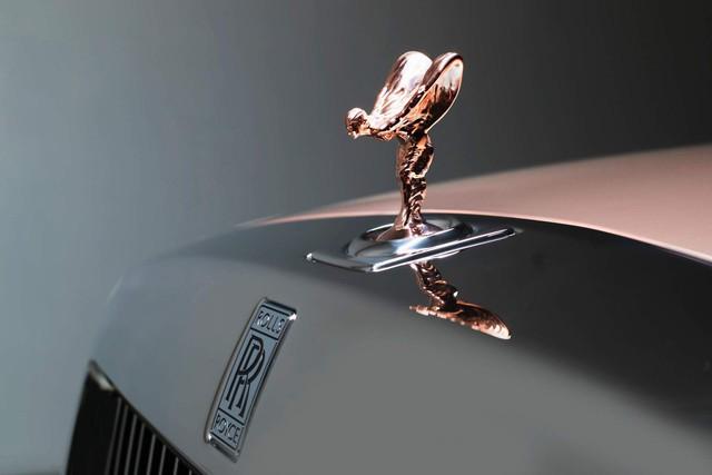 Các hãng ô tô ăn đậm nhờ nhu cầu tự chọn option của khách hàng đang tăng cao - Ảnh 2.