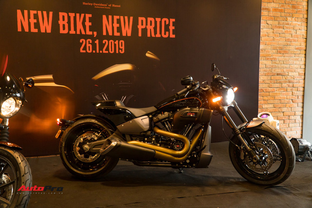 Harley-Davidson FXDR ra mắt tại Việt Nam, giá từ 799,5 triệu đồng - Ảnh 1.