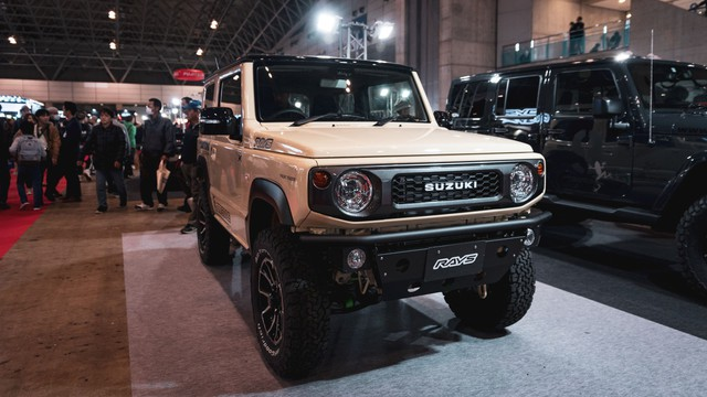 Mang ngoại hình như Mẹc G, Suzuki Jimny là xe mới được độ lại nhiều nhất - Ảnh 11.