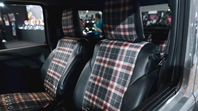 Mang ngoại hình như Mẹc G, Suzuki Jimny là xe mới được độ lại nhiều nhất - Ảnh 25.
