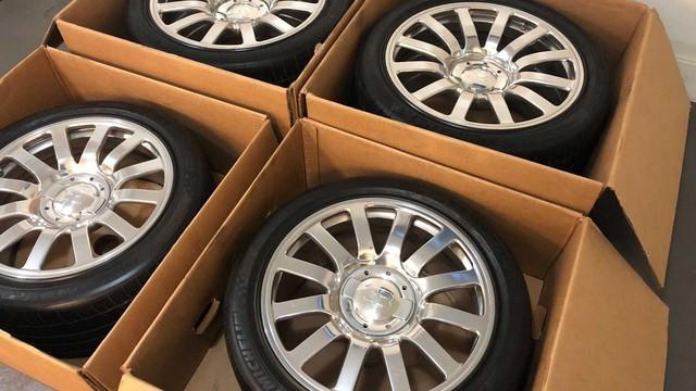 Rao bán 4 bánh xe Bugatti Veyron giá 100.000 USD: Đủ tiền mua hẳn một chiếc Mercedes S-Class mới coóng - Ảnh 2.