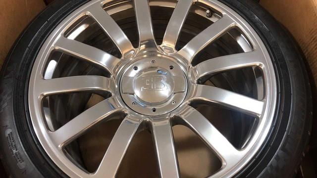 Rao bán 4 bánh xe Bugatti Veyron giá 100.000 USD: Đủ tiền mua hẳn một chiếc Mercedes S-Class mới coóng - Ảnh 5.