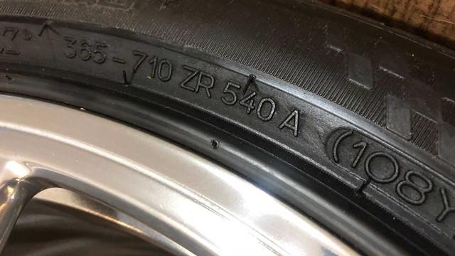 Rao bán 4 bánh xe Bugatti Veyron giá 100.000 USD: Đủ tiền mua hẳn một chiếc Mercedes S-Class mới coóng - Ảnh 9.
