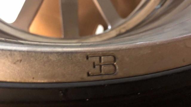 Rao bán 4 bánh xe Bugatti Veyron giá 100.000 USD: Đủ tiền mua hẳn một chiếc Mercedes S-Class mới coóng - Ảnh 8.