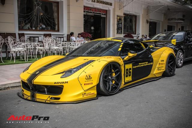 Săm soi Ferrari 458 Italia với decal phong cách xe đua tại Sài Gòn - Ảnh 5.