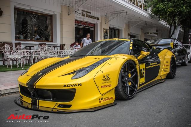 Săm soi Ferrari 458 Italia với decal phong cách xe đua tại Sài Gòn - Ảnh 9.