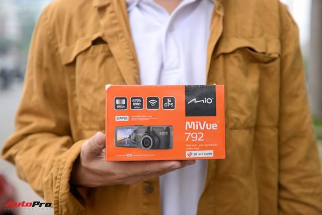 Đánh giá camera hành trình Mio Mivue 792 vừa ra mắt tại VN: quay 60 fps, thương hiệu tốt nhưng giá cao - Ảnh 1.