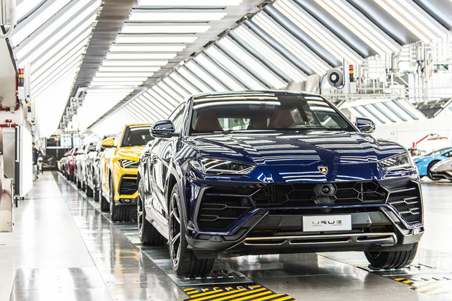 Lamborghini Urus bị nhiều chủ xe chê bai về phần mềm mới - Ảnh 2.