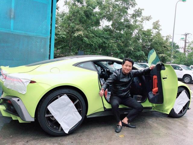 Aston Martin V8 Vantage đầu tiên Việt Nam về tay đại gia sở hữu Lamborghini Aventador S - Ảnh 2.