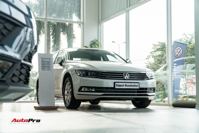 Chờ Touareg, VW Việt Nam dồn sức cho Tiguan Allspace và Passat - Ảnh 2.