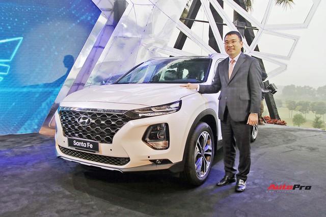 Sau Tết, giá Hyundai Santa Fe 2019 hạ nhiệt, không còn 'lạc' 100 triệu đồng - Ảnh 2.