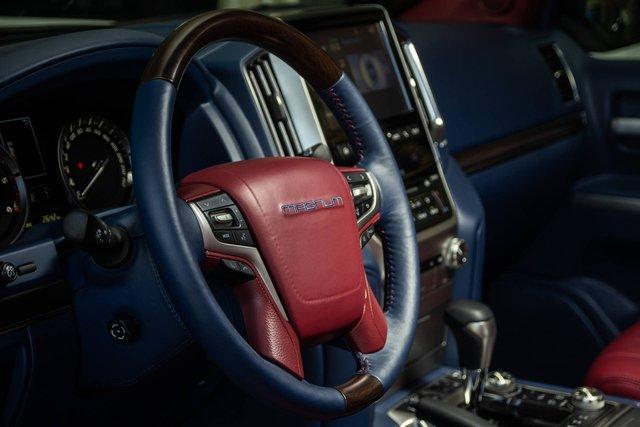 Toyota Land Cruiser độ xuất sắc: Dùng ghế BMW 7-Series, nội thất ngang chuẩn Lexus - Ảnh 5.