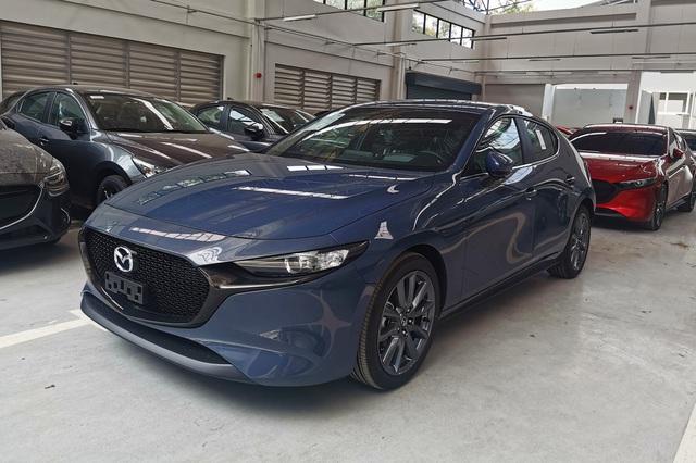 Mazda3 2020 chốt lịch ra mắt Việt Nam: 'Bom tấn' chớp cơ hội khi Toyota Corolla Altis không tới VMS - Ảnh 1.