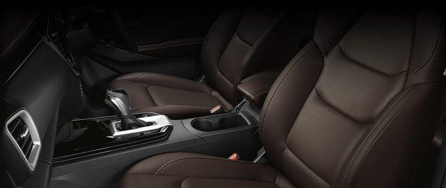 Ra mắt Isuzu D-Max thế hệ mới: Đẹp và xịn - Cơ hội thoát ế khi về Việt Nam đấu Ford Ranger - Ảnh 8.
