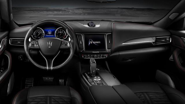 Maserati Levante Trofeo với động cơ siêu xe Ferrari đầu tiên tại Việt Nam có giá 15 tỷ đồng - Ảnh 3.
