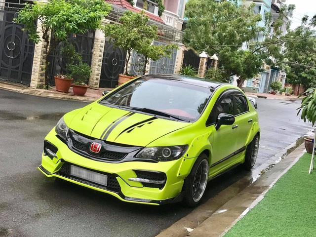 Honda Civic đời 2008 rao bán giá ngang Hyundai Grand i10, riêng danh sách đồ chơi đã lên tới 300 triệu - Ảnh 1.