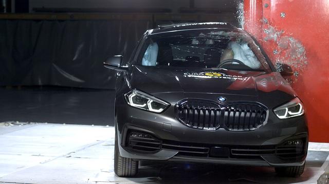 BMW 1-Series, 3-Series mới đạt điểm an toàn tối đa như thế nào?