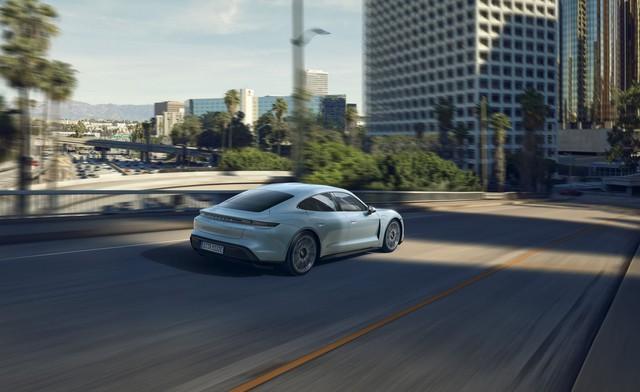 Porsche chính thức giới thiệu bản giá rẻ cho Taycan, vẫn mạnh hơn 911 GT3 - Ảnh 2.
