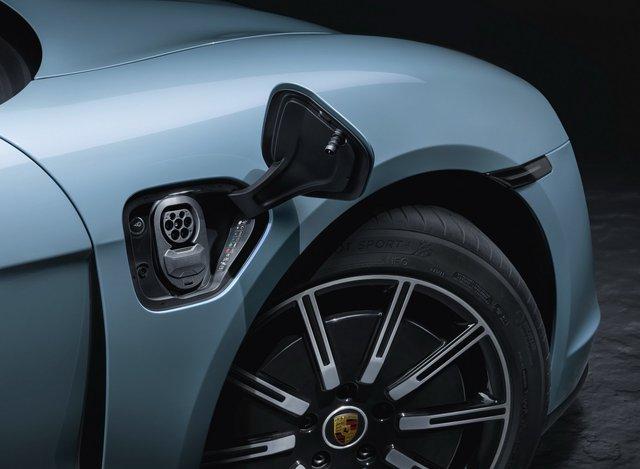 Porsche chính thức giới thiệu bản giá rẻ cho Taycan, vẫn mạnh hơn 911 GT3 - Ảnh 7.