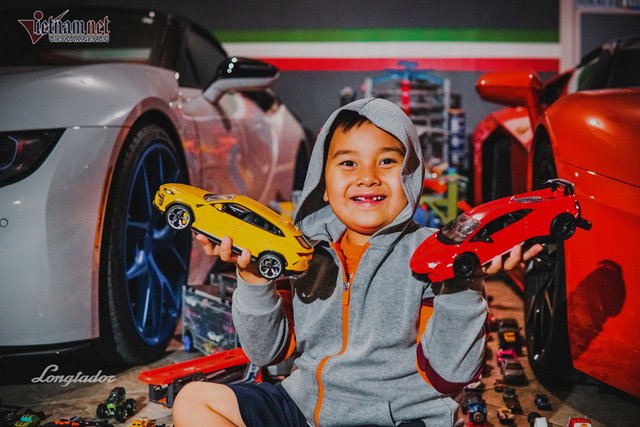 Cậu bé người Việt sở hữu 7.000 siêu xe gần tỷ đồng - Ảnh 2.