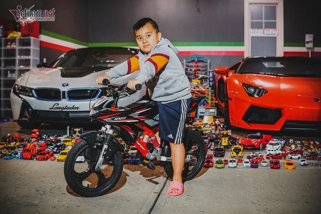 Cậu bé người Việt sở hữu 7.000 siêu xe gần tỷ đồng - Ảnh 11.