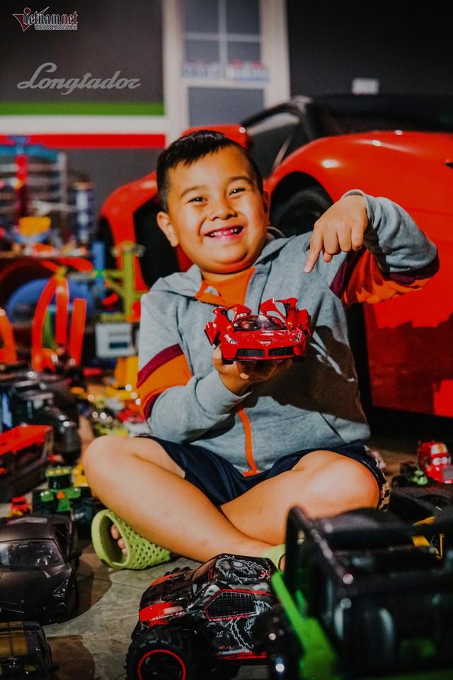 Cậu bé người Việt sở hữu 7.000 siêu xe gần tỷ đồng - Ảnh 4.