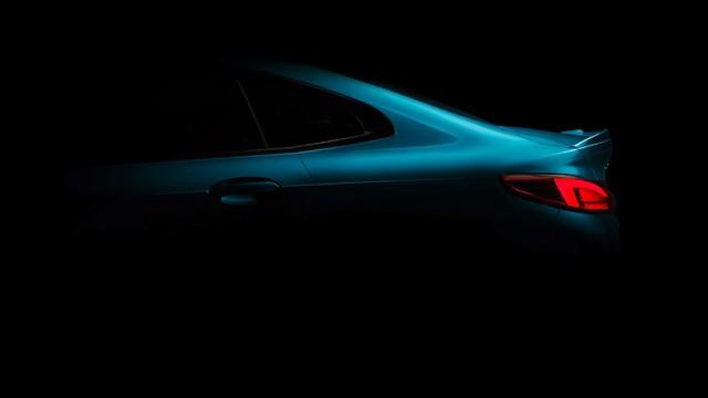 BMW nhá hàng 2-Series Gran Coupe mới, đối đầu Mercedes CLA - Ảnh 1.