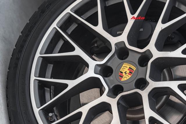 Bán Porsche Macan 3 năm tuổi, đại gia Sài Gòn vẫn đủ tiền sắm Mercedes-Benz GLC 300 Coupe 2019 - Ảnh 2.