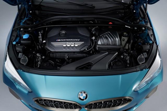 Ra mắt BMW 2-Series Gran Coupe: Cấu mỗi xe BMW một ít để cạnh tranh Mercedes-Benz CLA - Ảnh 13.