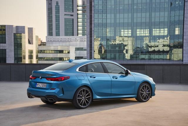 Ra mắt BMW 2-Series Gran Coupe: Cấu mỗi xe BMW một ít để cạnh tranh Mercedes-Benz CLA - Ảnh 5.